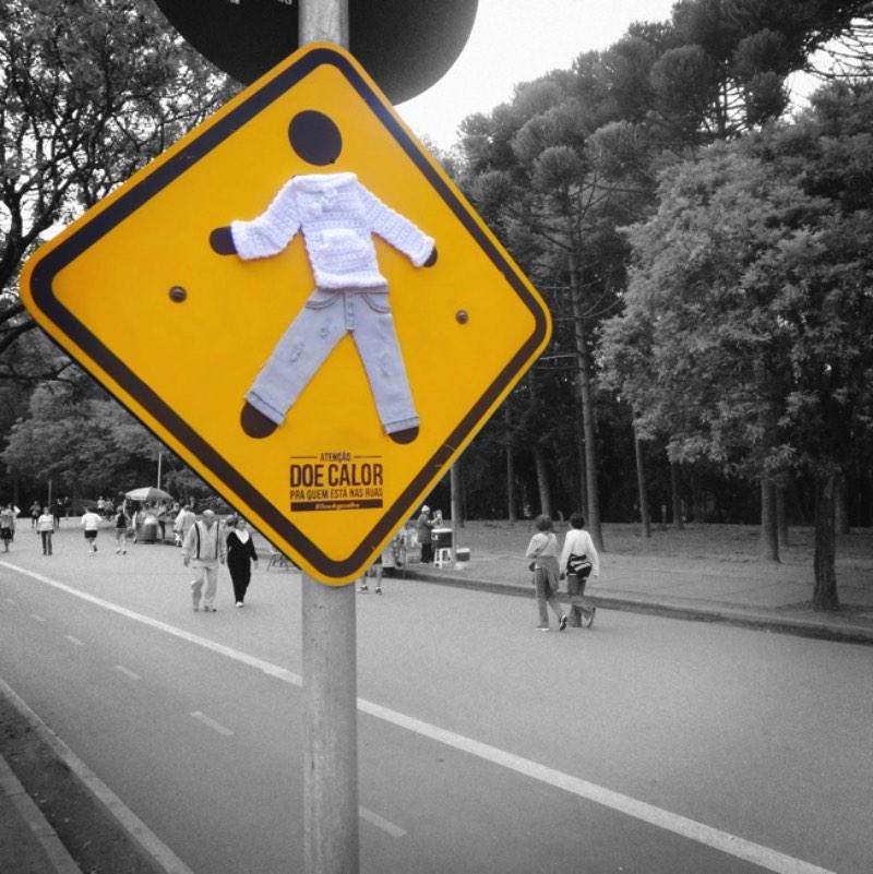 Doe-Agasalho-Doe-Calor-para-quem-passa-frio-nas-ruas-05