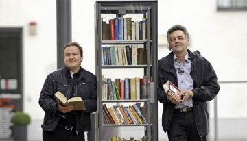 arredo-urbano-libri-cabine-telefoniche