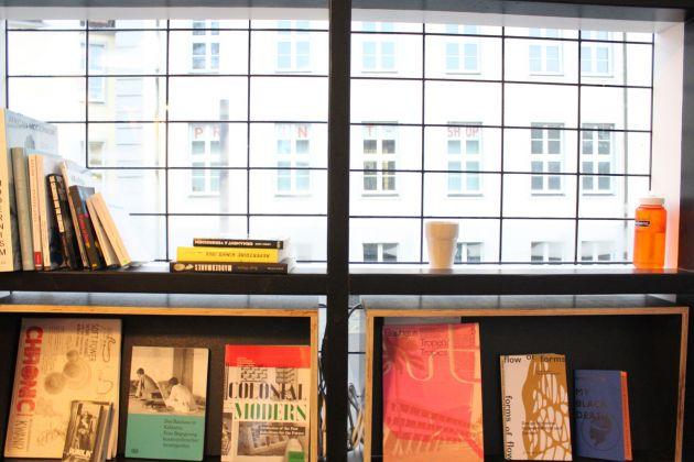 Biblioteca interna autobus Bauhaus