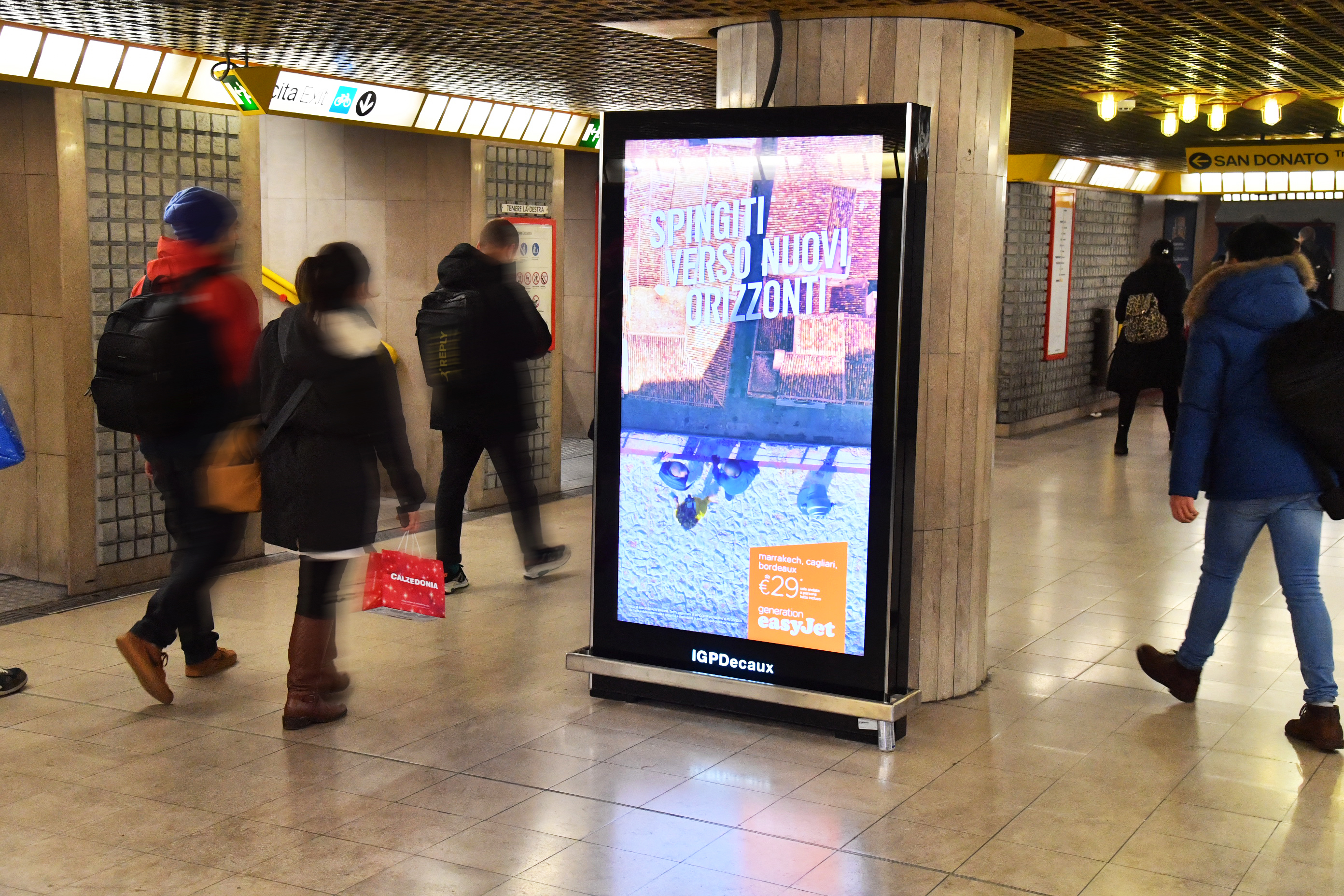 iVision_IGPDecaux_schermi_digitale_metropolitana_Milano