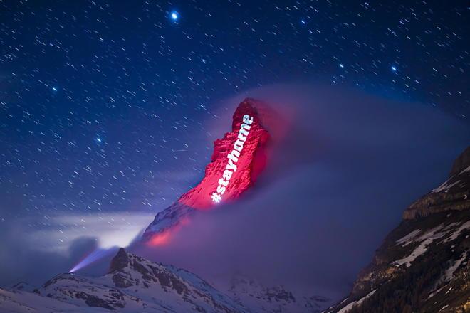 Coronavirus messages of hope at the Matterhorn mountain