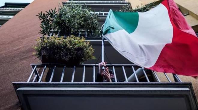 Tricolore_italiano_balconi_blog_IGPDecaux