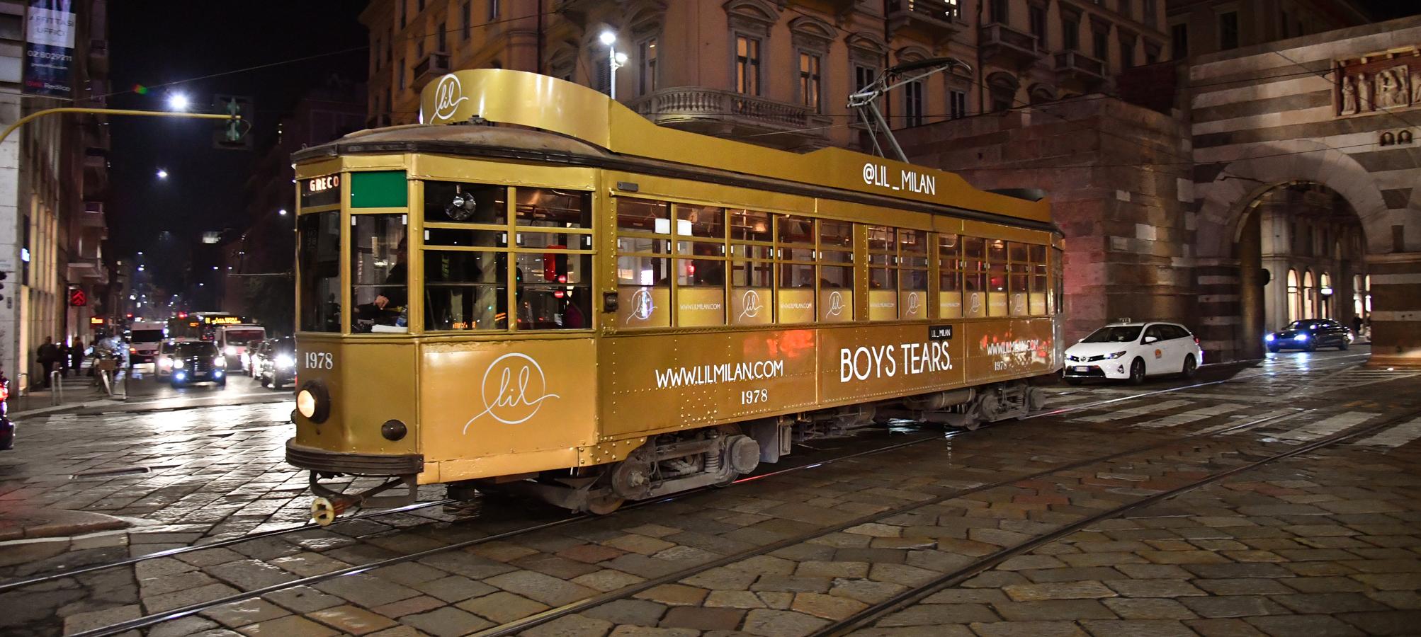 LIL Milano tram decorato IGPDecaux Creative Solutions