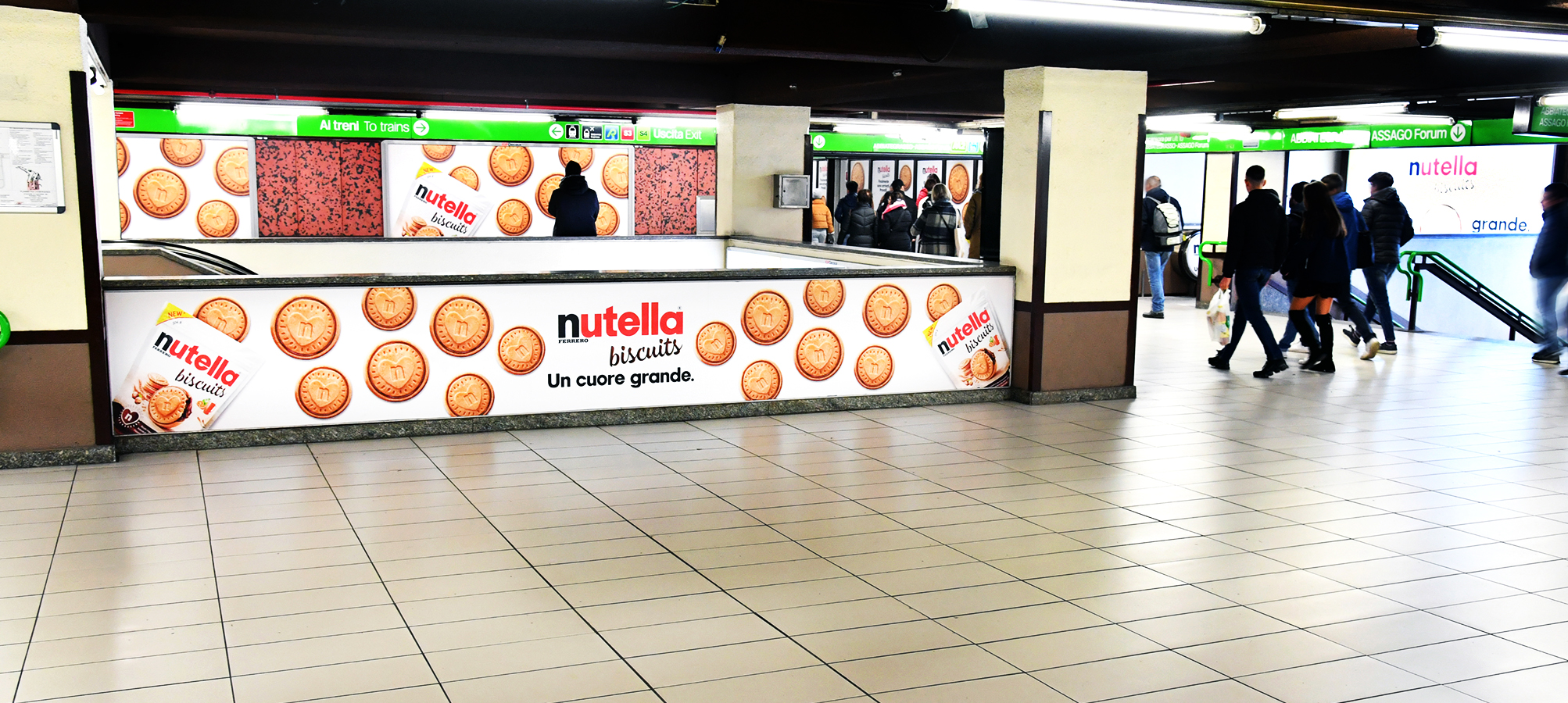 Station Domination in Milan for Ferrero Italia