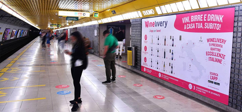 Pubblicità metro milanese IGPDecaux Circuito Mini per Winelivery
