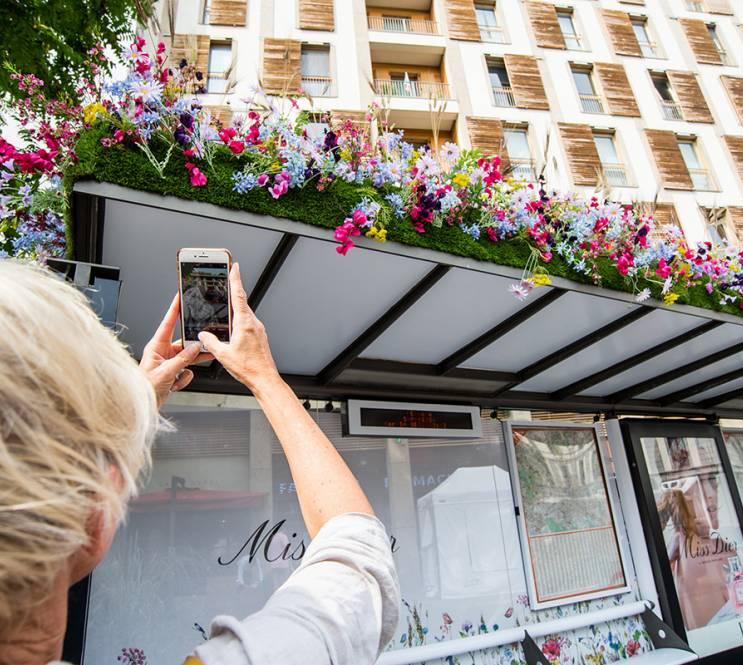 Il Giardino Millefiori di Dior Parfums sulle pensiline di IGPDecaux