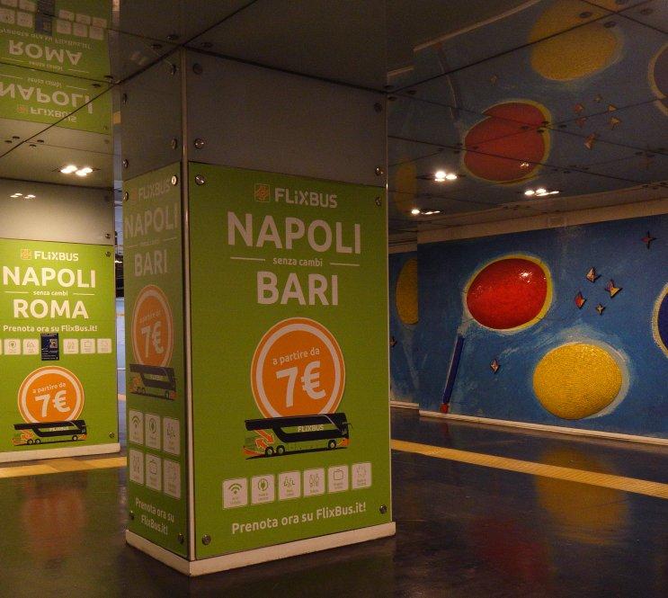 A Napoli le stazione dell'arte valorizzano la mobilità innovativa di Flixbus