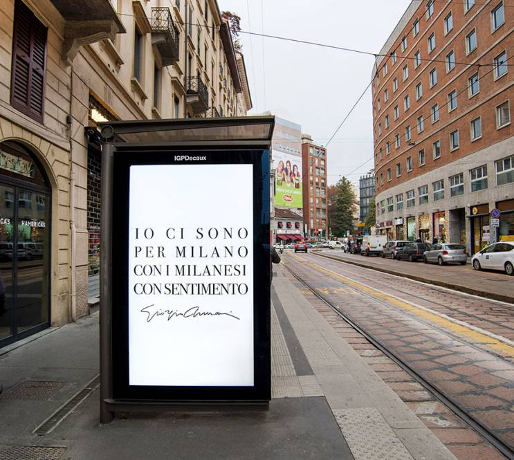 pubblicità sulle pensiline IGPDecaux Network Vision a Milano per Giorgio Armani