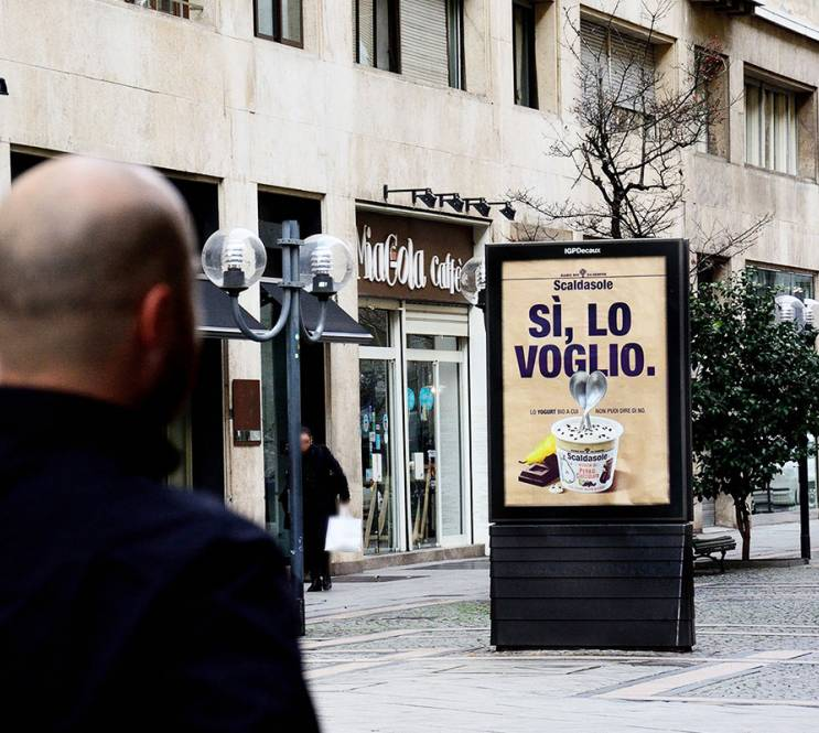 IGPDecaux Out of Home advertising in Turin MUPI for Scaldasole