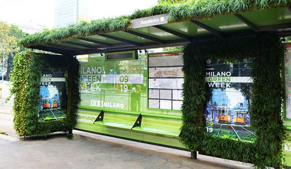 Milan Green Week 2019: IGPDecaux realizes the first bus shelter supporting the greenery and the environment