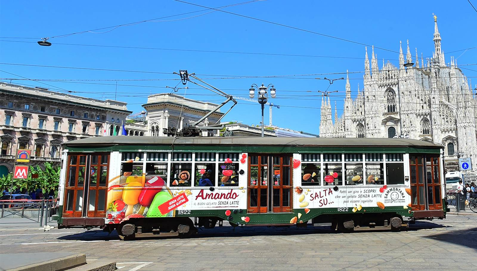 OOH IGPDecaux Creative Solutions Tram Speciale per Sammontana a Milano