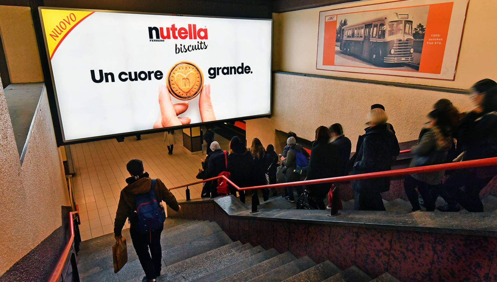 Underground Out of Home advertising in Milan IGPDecaux Station Domination for Ferrero Nutella Biscuits