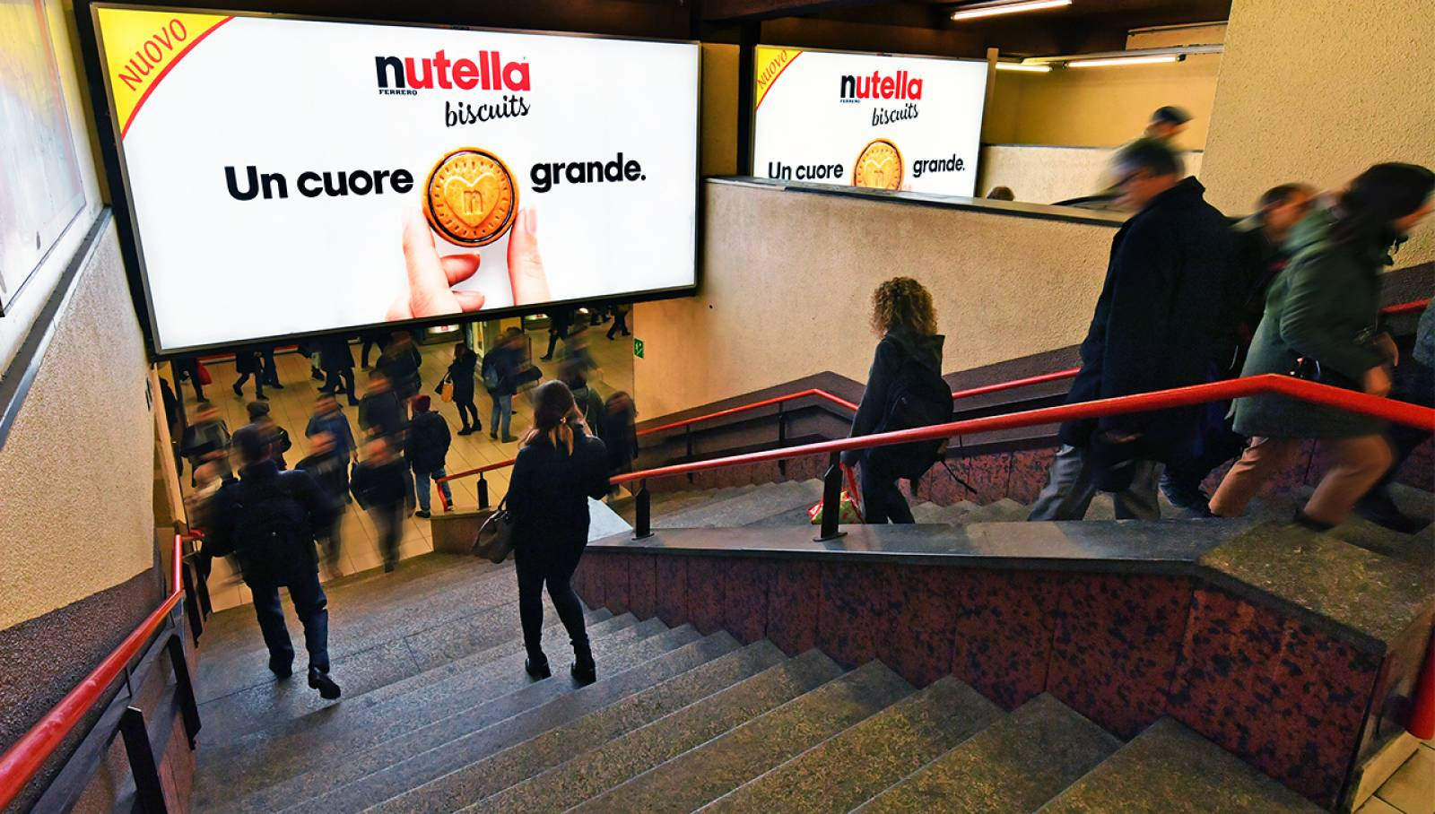 OOH IGPDecaux Station Domination for Ferrero Nutella Biscuits in Milan
