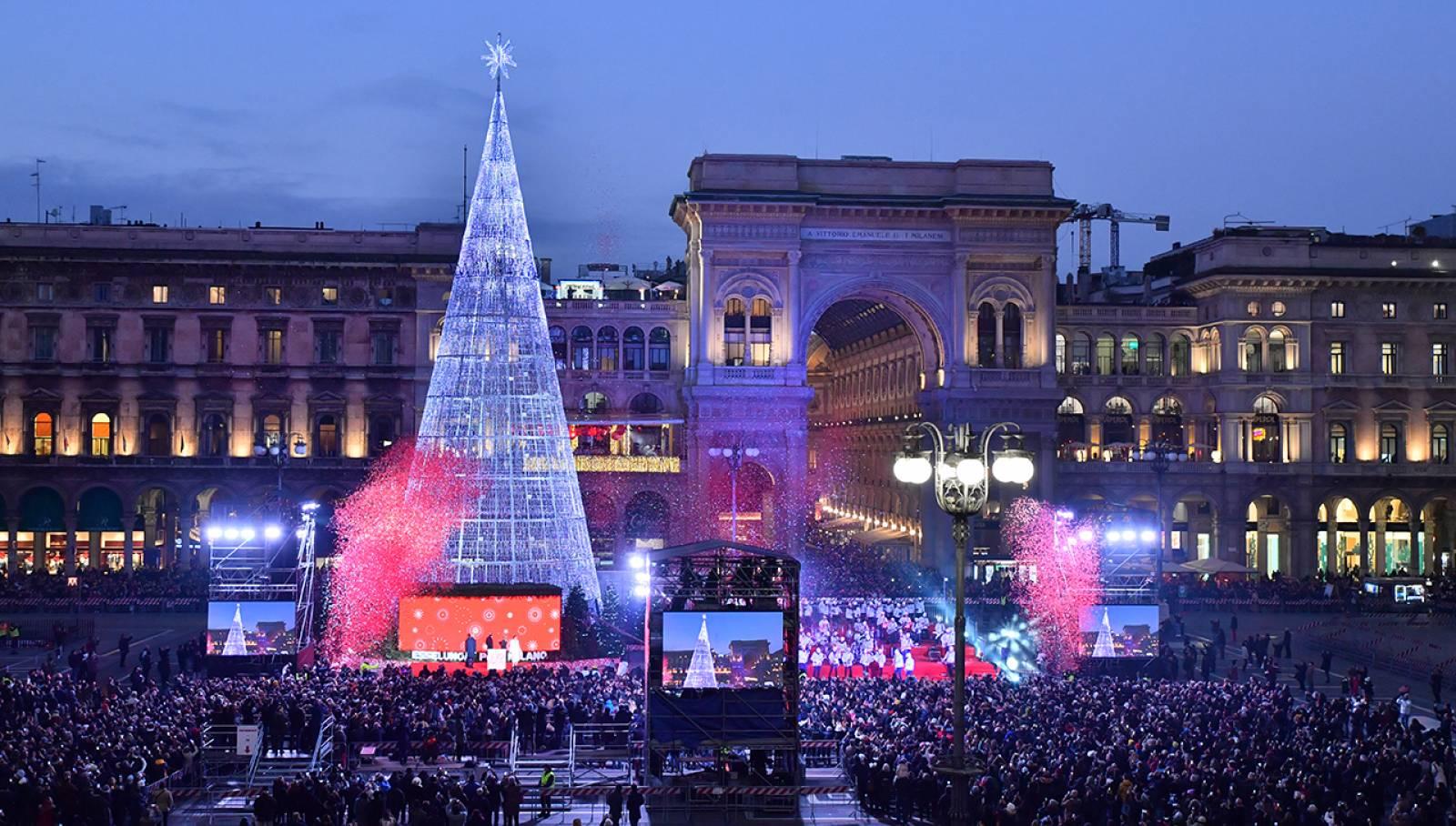 Christmas tree 2019 IGPDecaux for Esselunga Milan