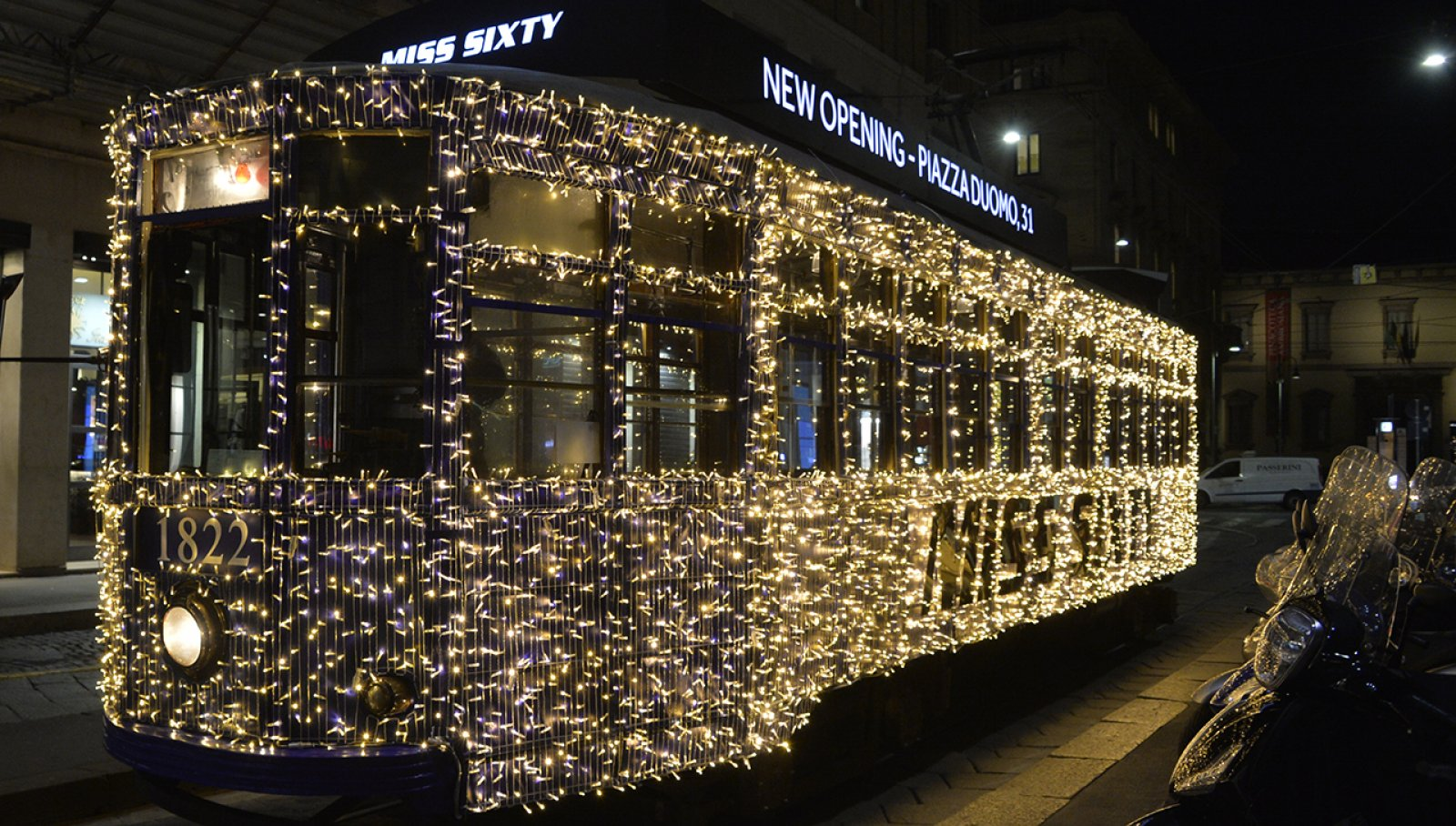 Tram luci Milano IGPDecaux per Miss Sixty
