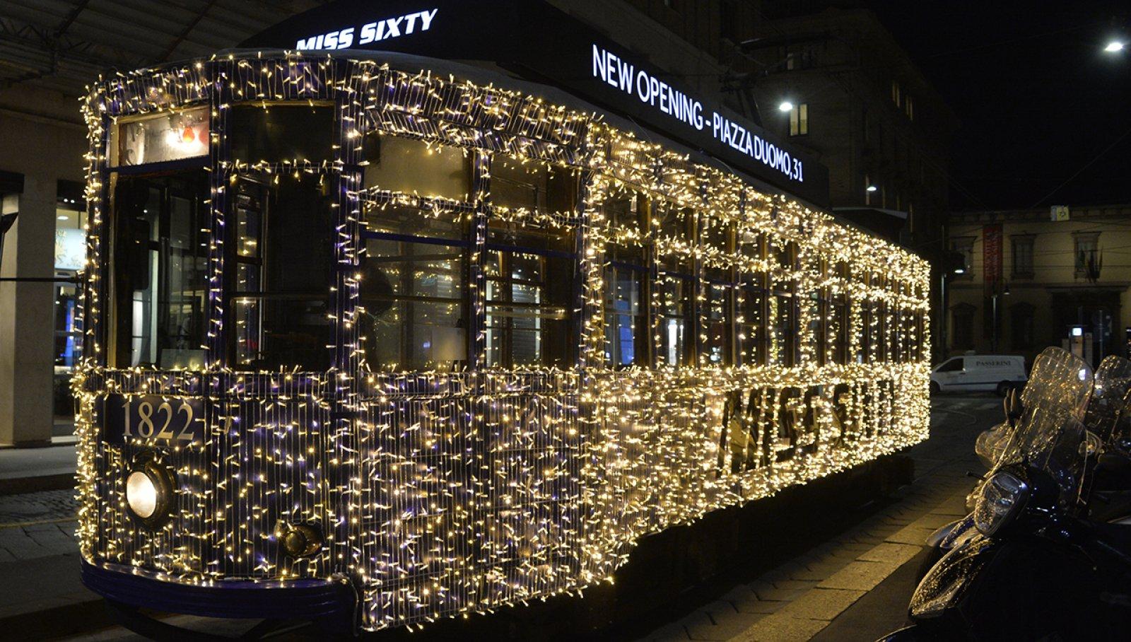 Tram Luci Darsena Miss Sixty