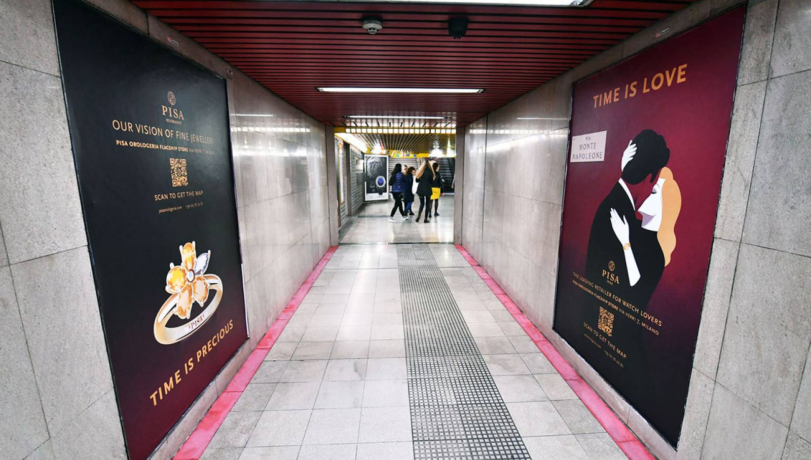 Underground OOH advertising IGPDecaux Milan Station Domination for Pisa Orologeria