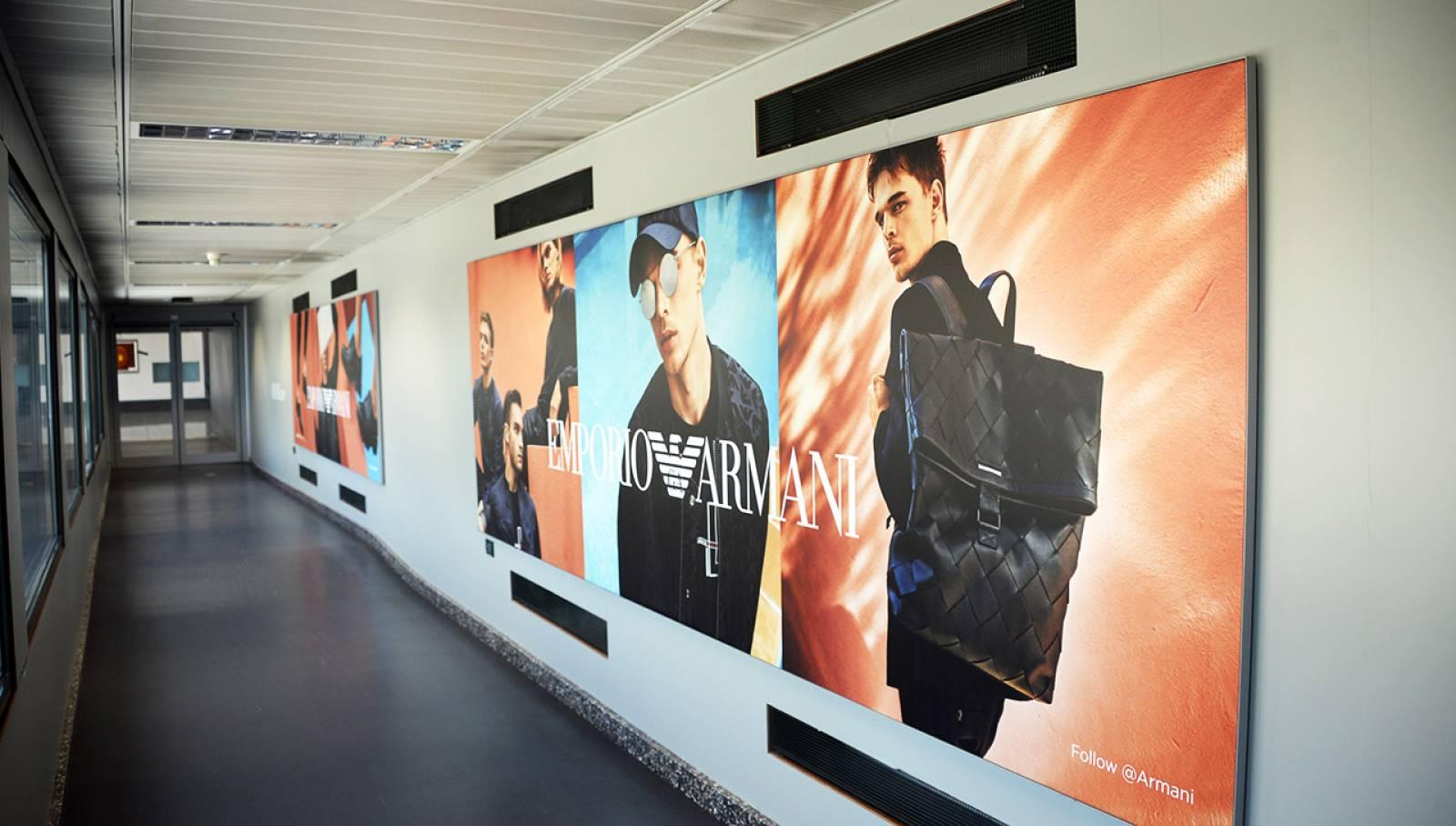 IGPDecaux pubblicità OOH a Malpensa Finger per Armani