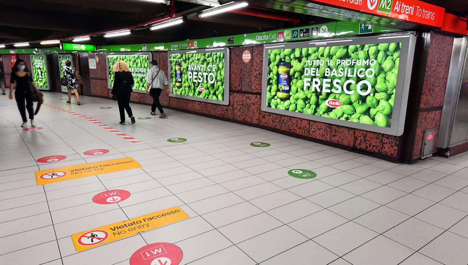 Pubblicità OOH metropolitana Milano Station Domination IGPDecaux per Barilla