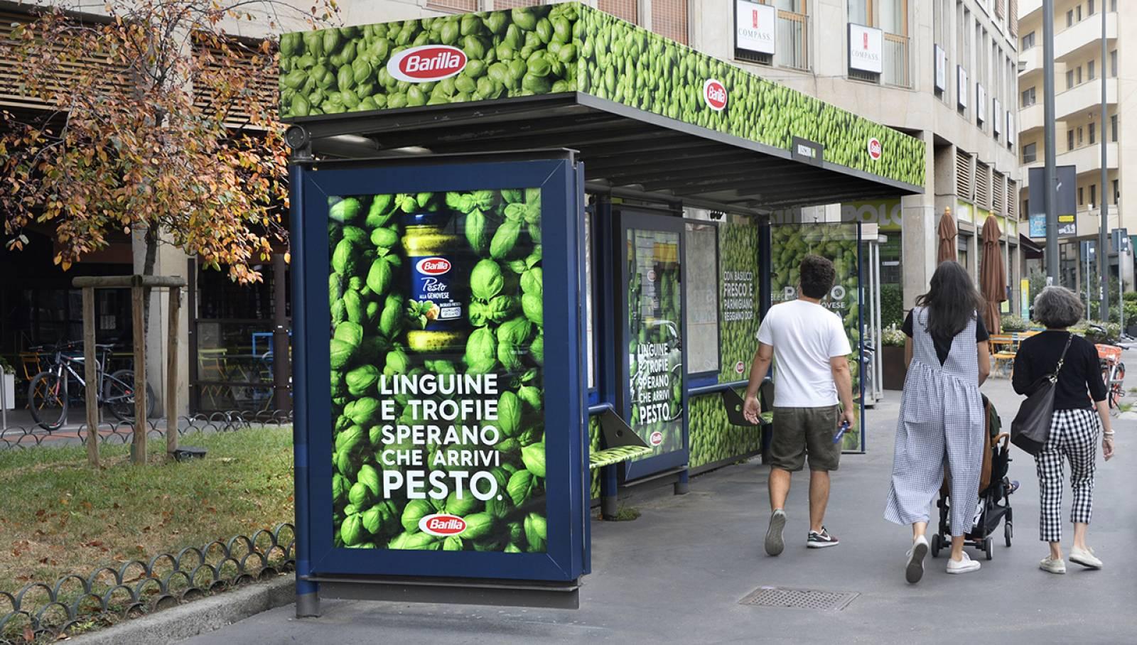 Pubblicità OOH IGPDecaux Milano Brand pensilina per Barilla
