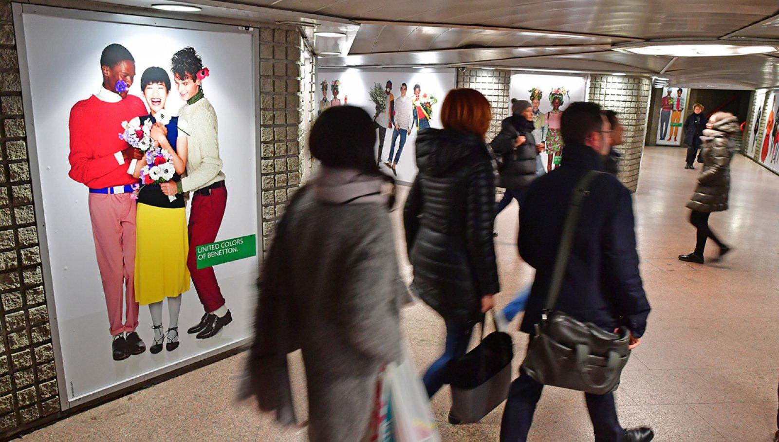 Pubblicità metro Milano station domination per Benetton IGPDecaux