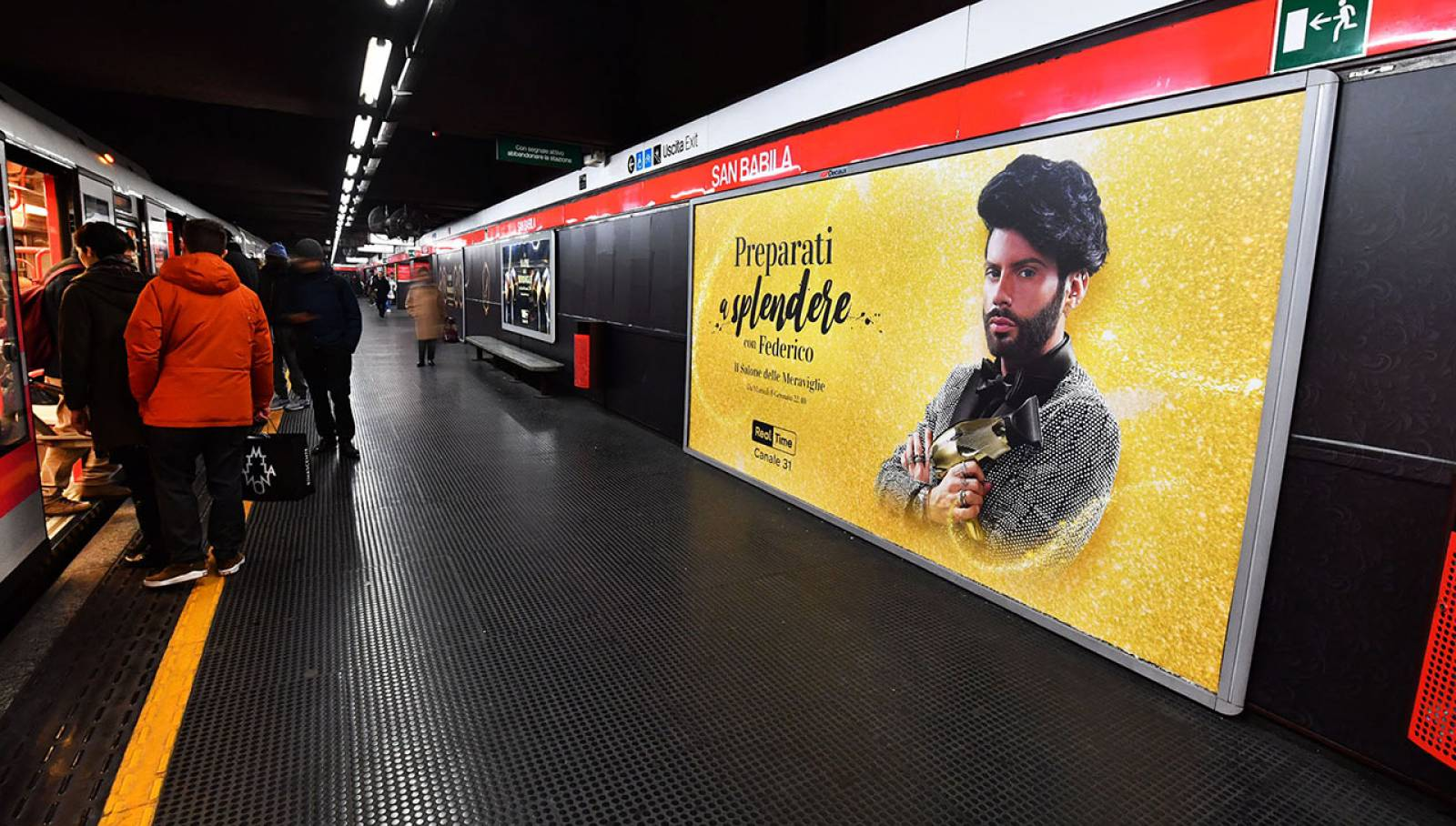 IGPDecaux Milano station domination per Discovery Channel