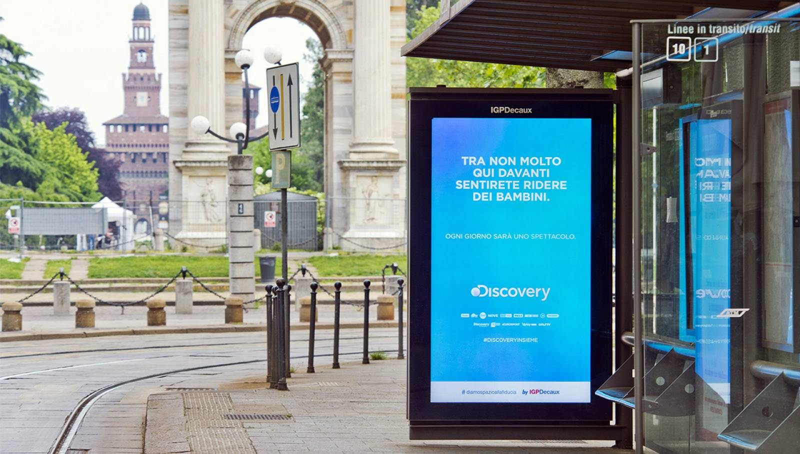DOOH IGPDecaux Milano Network Vision per Discovery Channel Italia