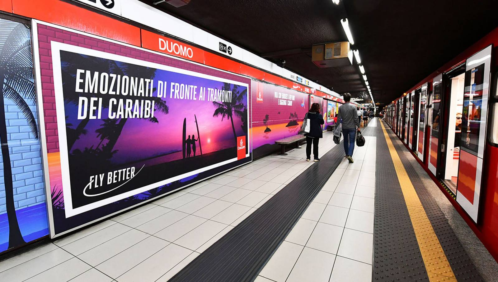 Outdoor Communication IGPDecaux Milan Station Domination for Emirates