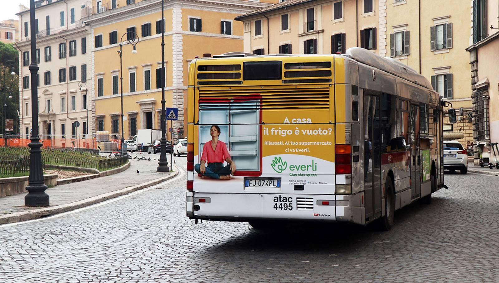 Pubblicità Out of Home a Roma IGPDecaux Full-Back per Everli