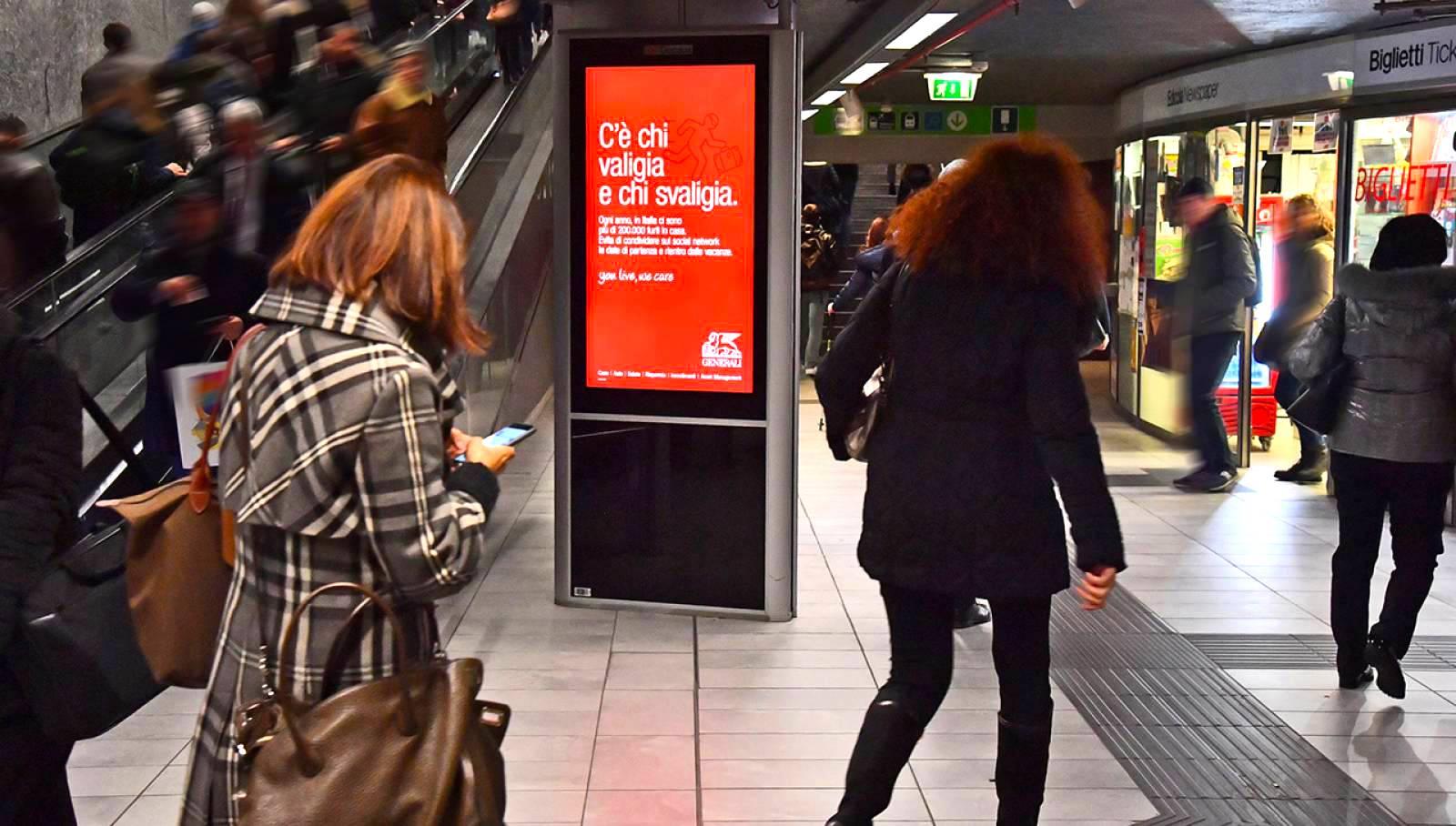 Pubblicità metro Milano IGPDecaux circuito digital per Generali