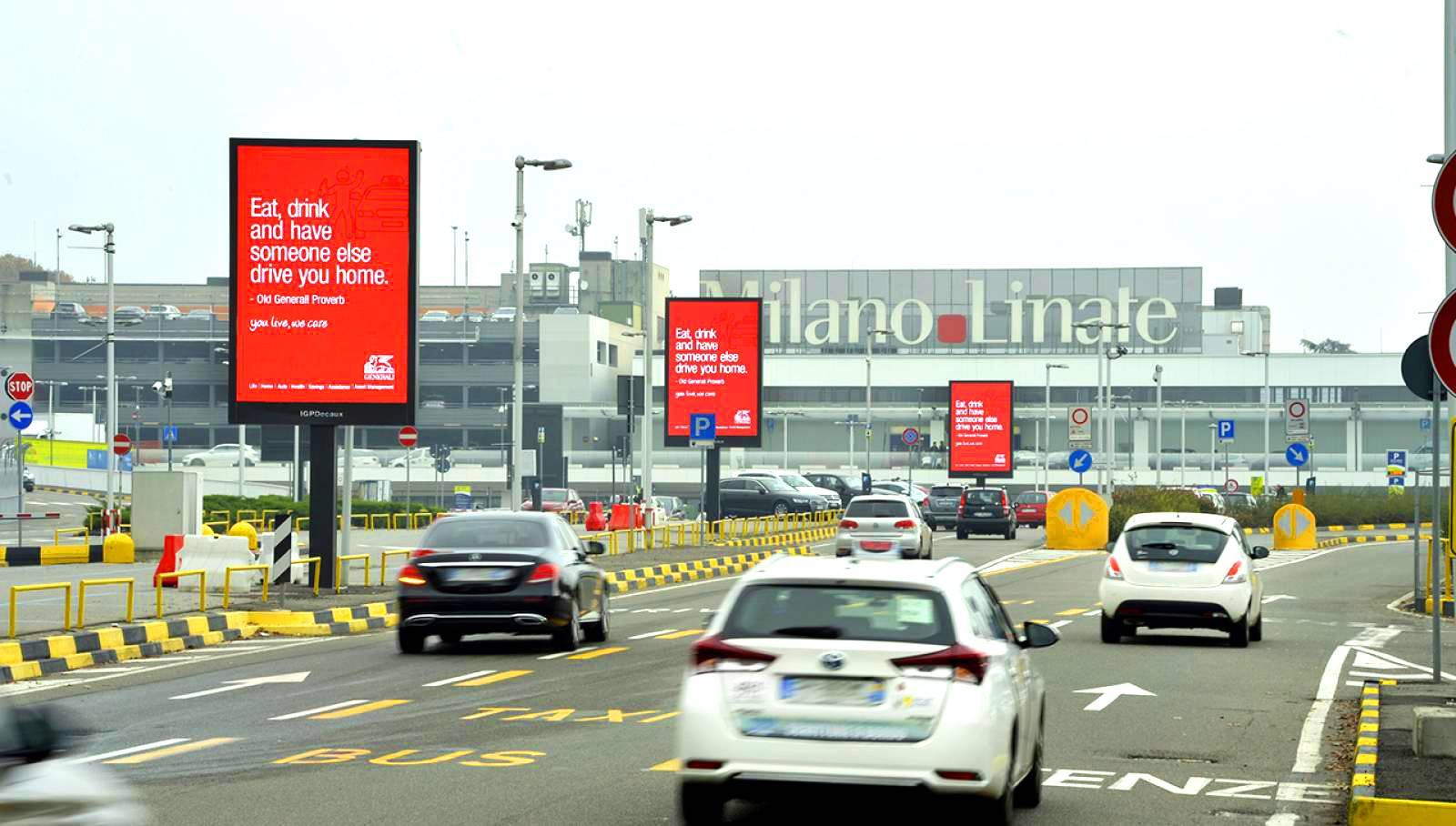 Pubblicità aeroporti IGPDecaux 8mq a Linate per Generali