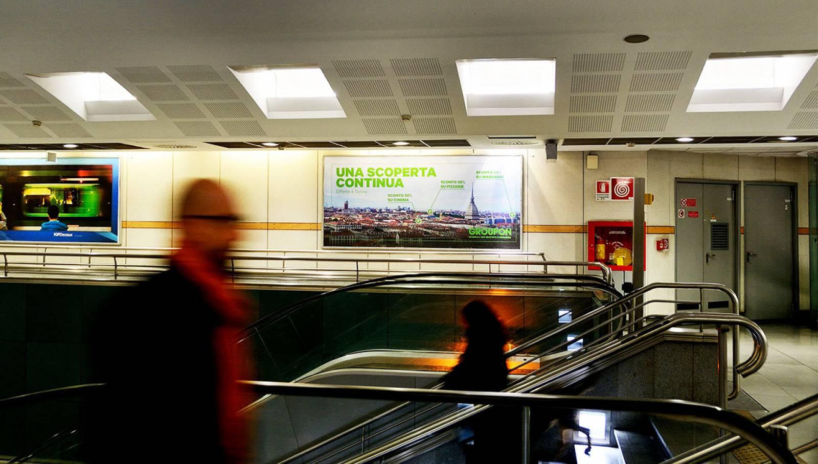 Pubblicità in metropolitana IGPDecaux a Torino Circuito maxi per Groupon