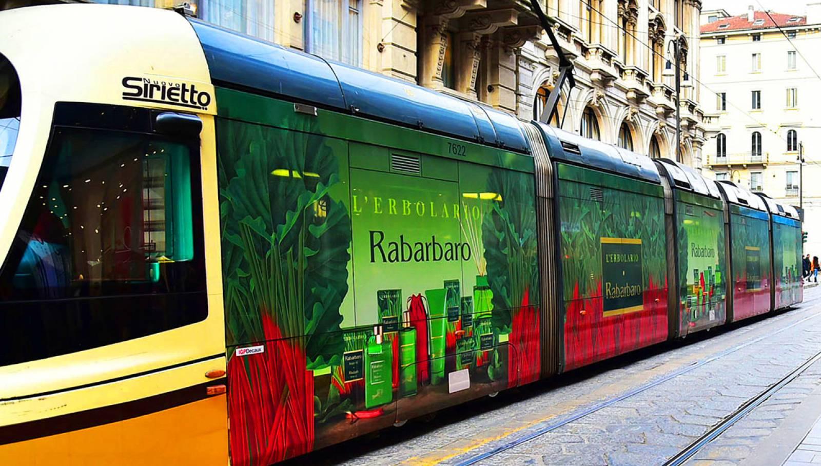 IGPDecaux Milano tram decorato per L'Erbolario