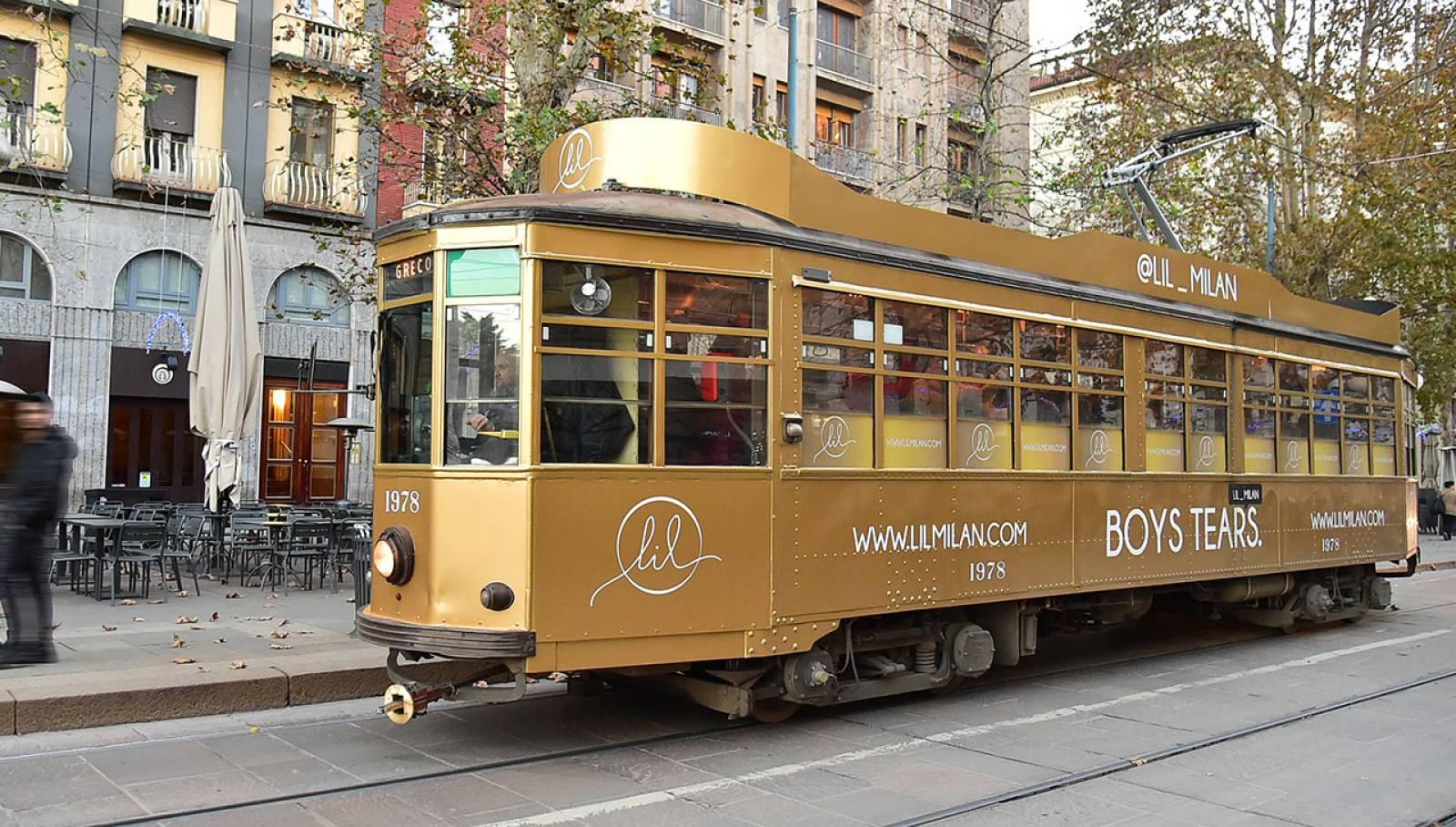 IGPDecaux Milano tram decorato per LIL
