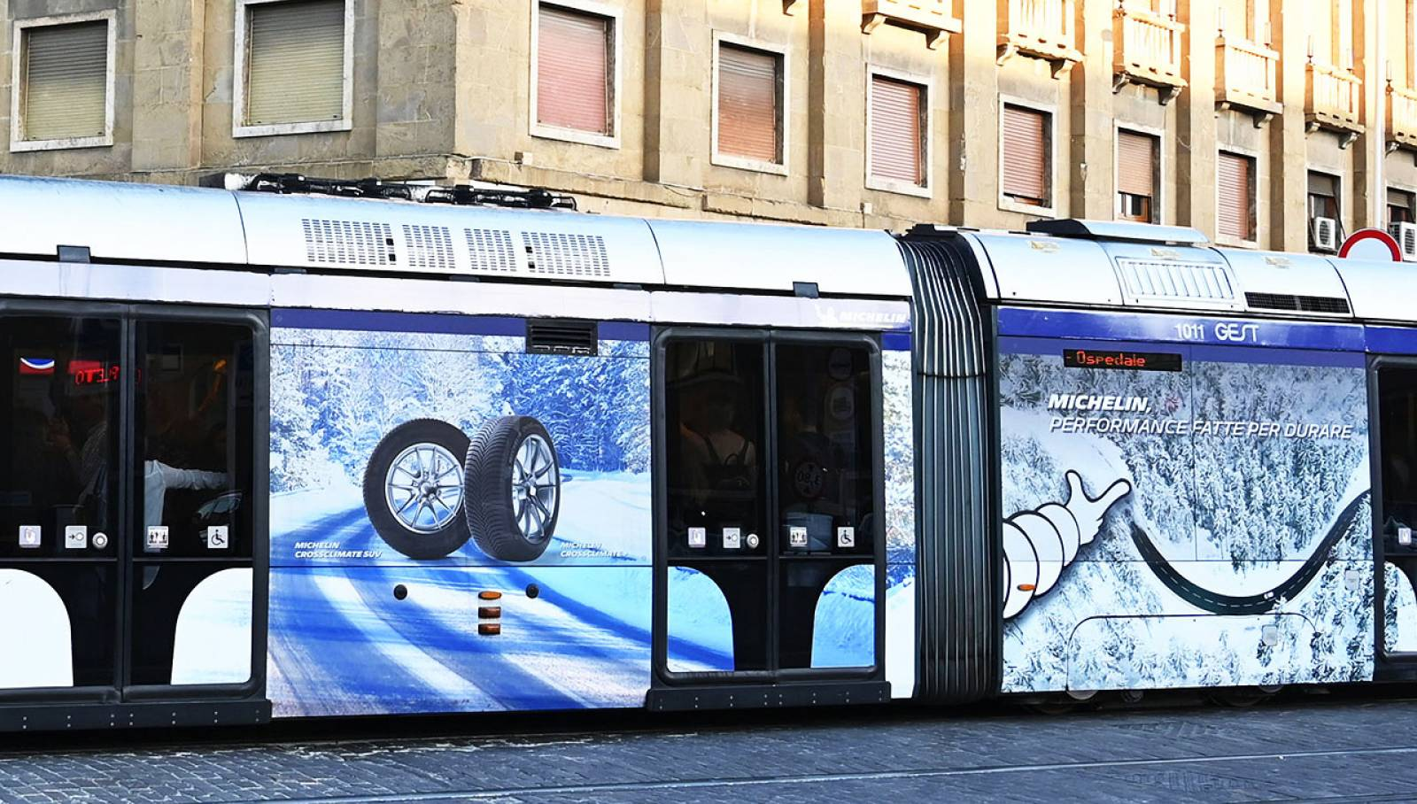 IGPDecaux Florence Out of Home advertising for Michelin