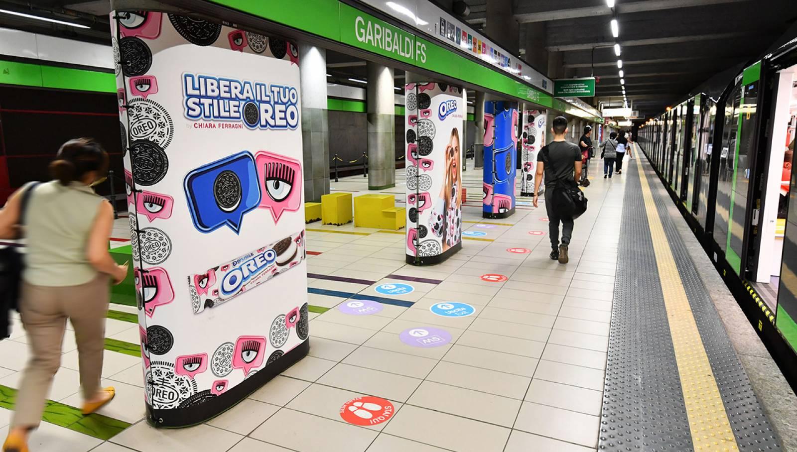Pubblicità OOH IGPDecaux metropolitana Milano Station Domination per Mondelez Italia