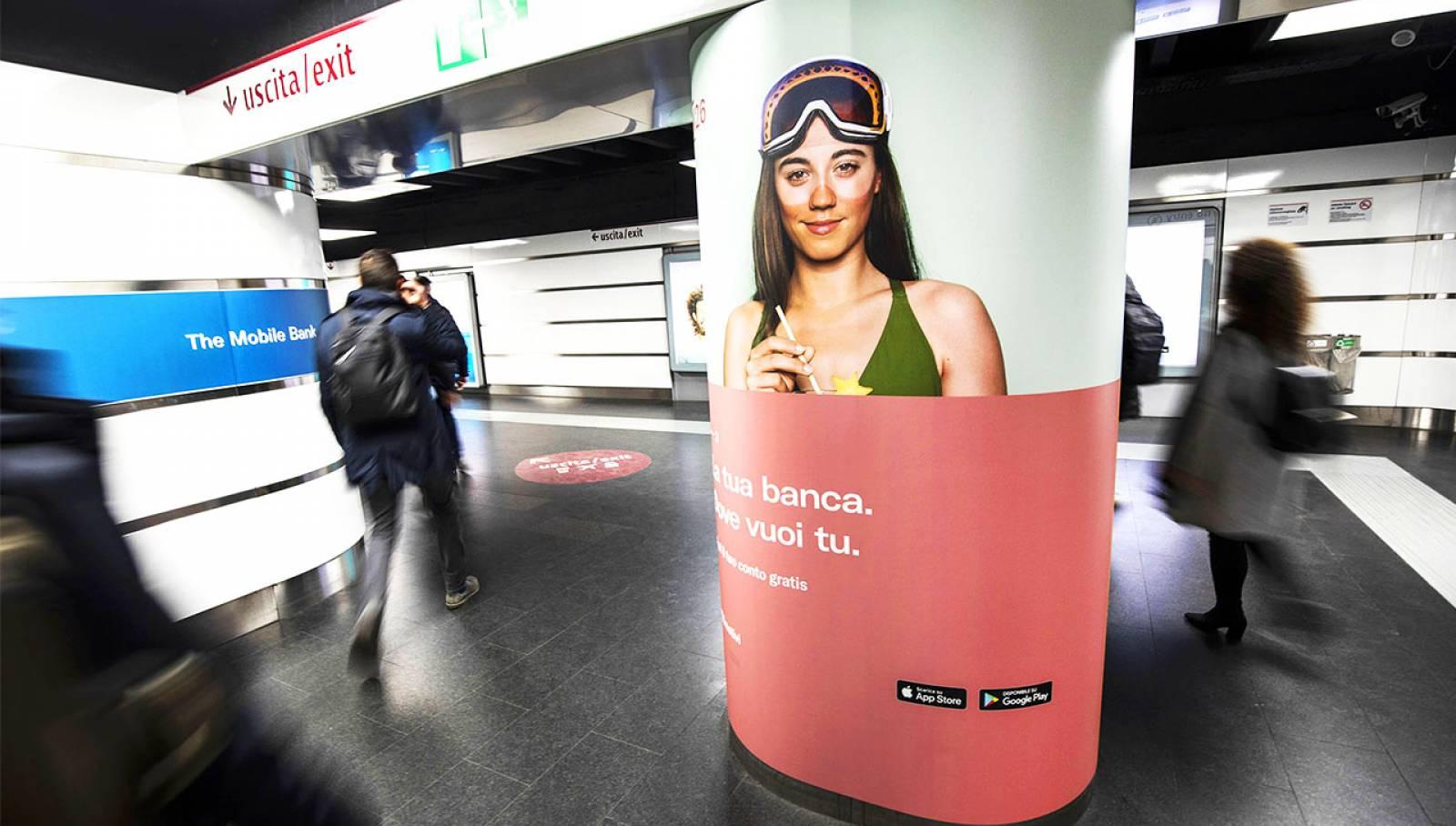 Pubblicità metropolitana IGPDecaux a Roma Station Domination per N26