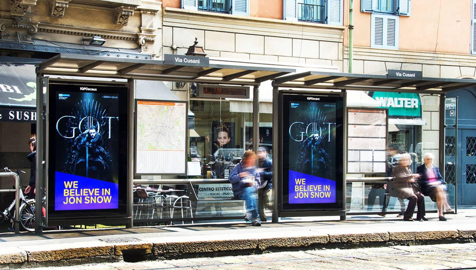 Digital out of Home IGPDecaux a Milano Pensiline digitali per il Trono di Spade Now TV
