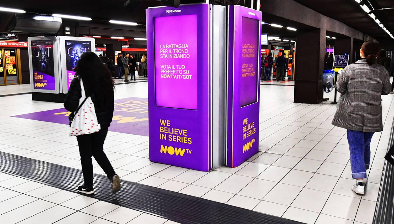 IGPDecaux Pubblicità OOH a Milano Station Domination per il Trono di Spade Now TV