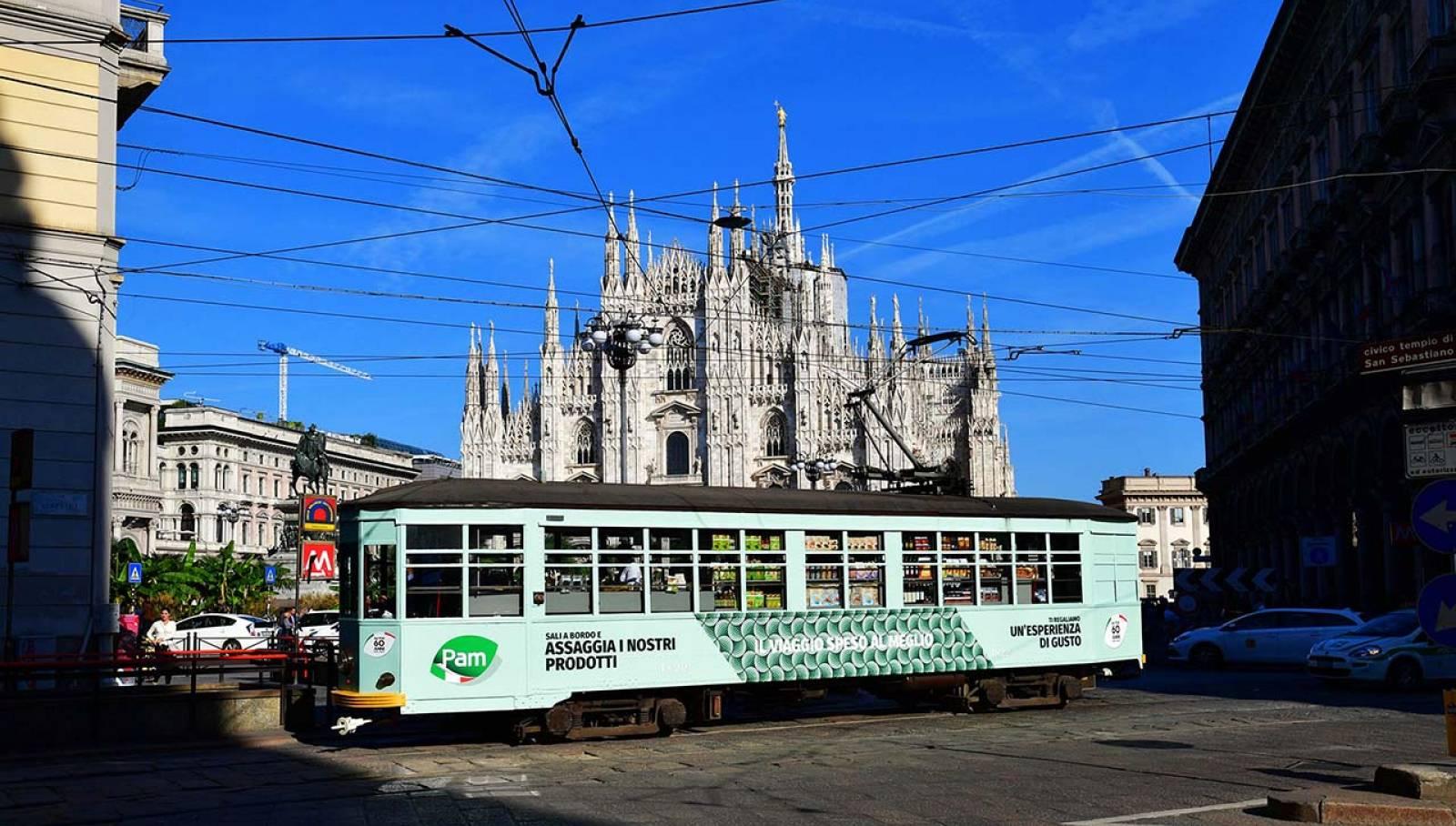 tram speciale IGPDecaux Milano