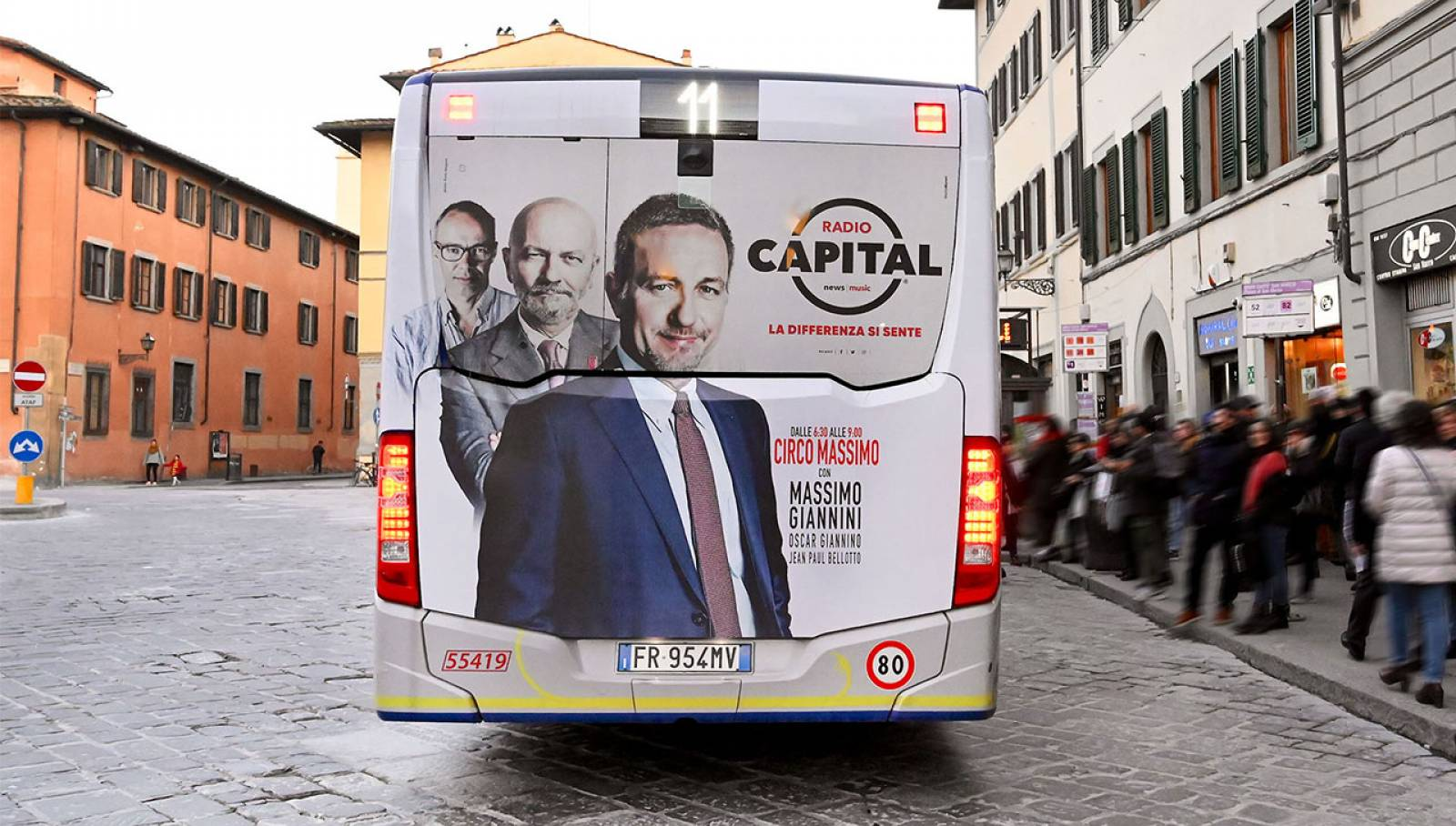 OOH advertising IGPDecaux Florence Full-Back for Radio Capital