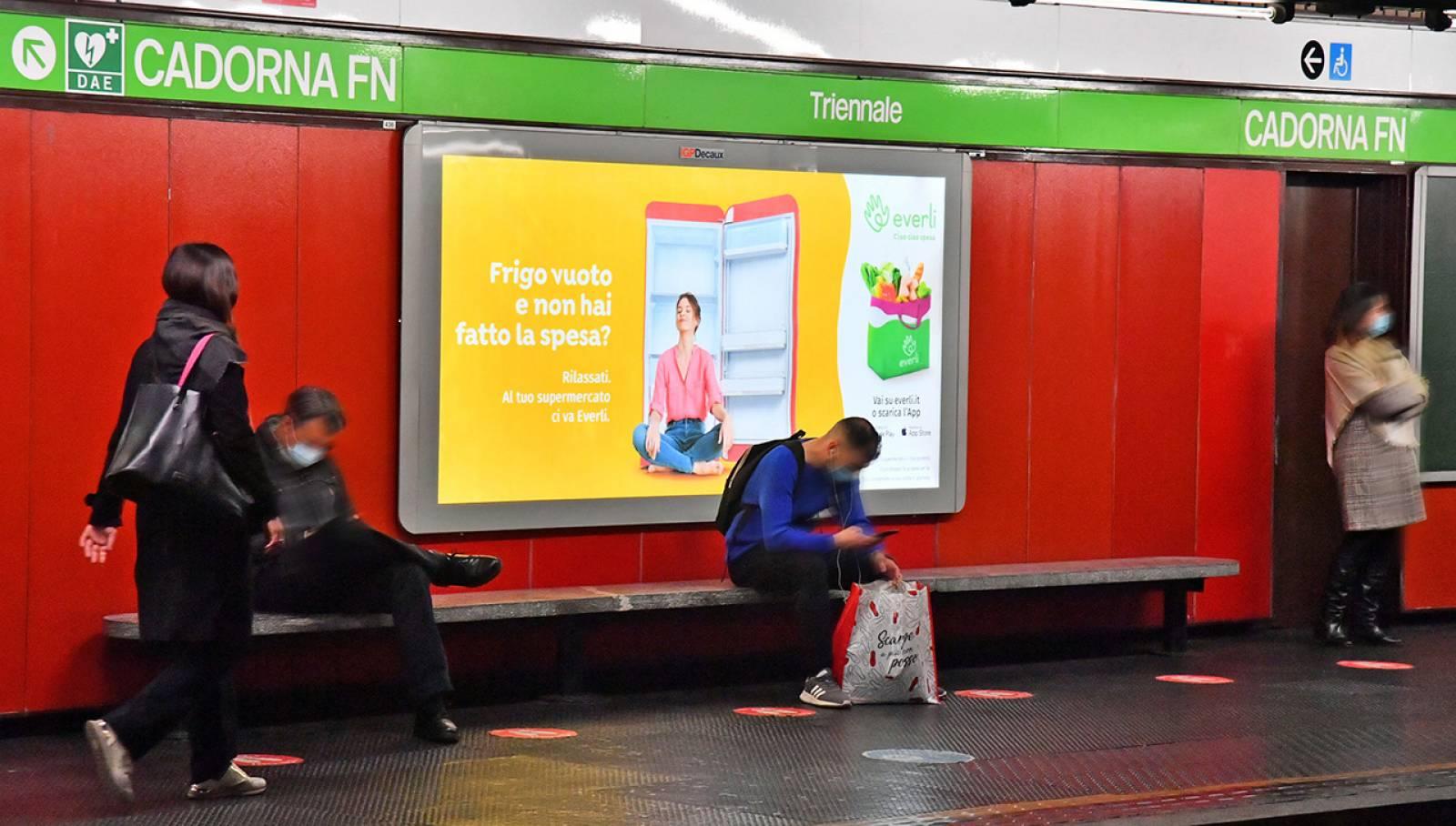 Pubblicità in metropolitana a Milano Circuito Maxi IGPDecaux per Everli