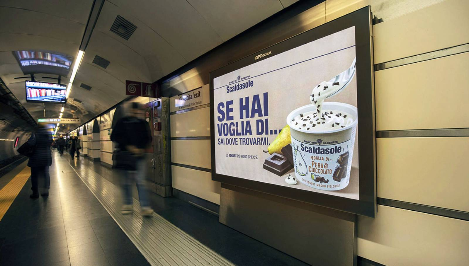 OOH Underground advertising Landscape coverage Network IGPDecaux in Rome for Scaldasole