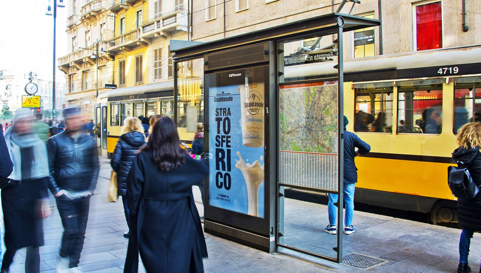 Out of Home advertising in Milan IGPDecaux Bus shelters for Scaldasole