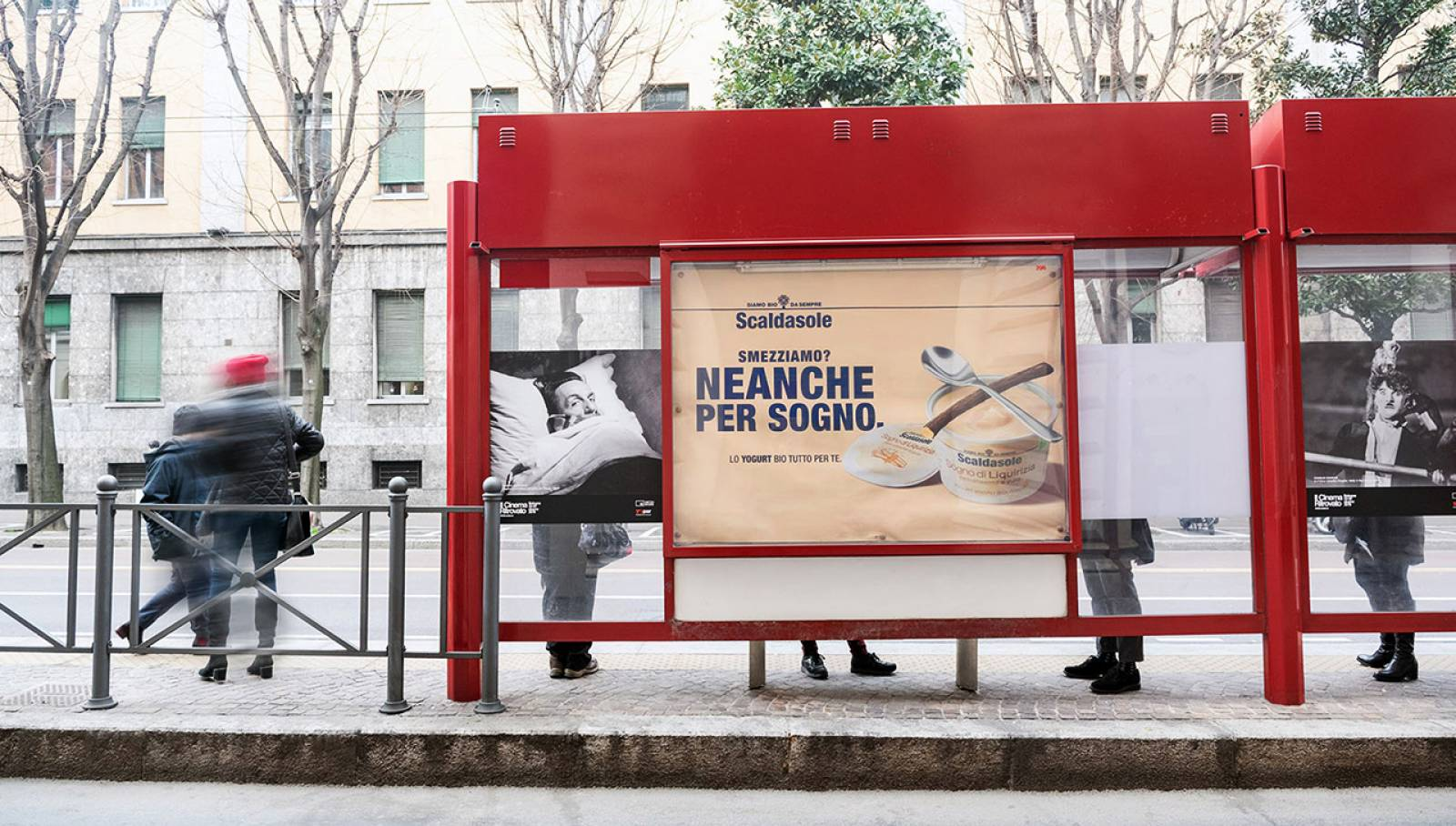 OOH advertising IGPDecaux in Bolonia Bus shelters for Scaldasole