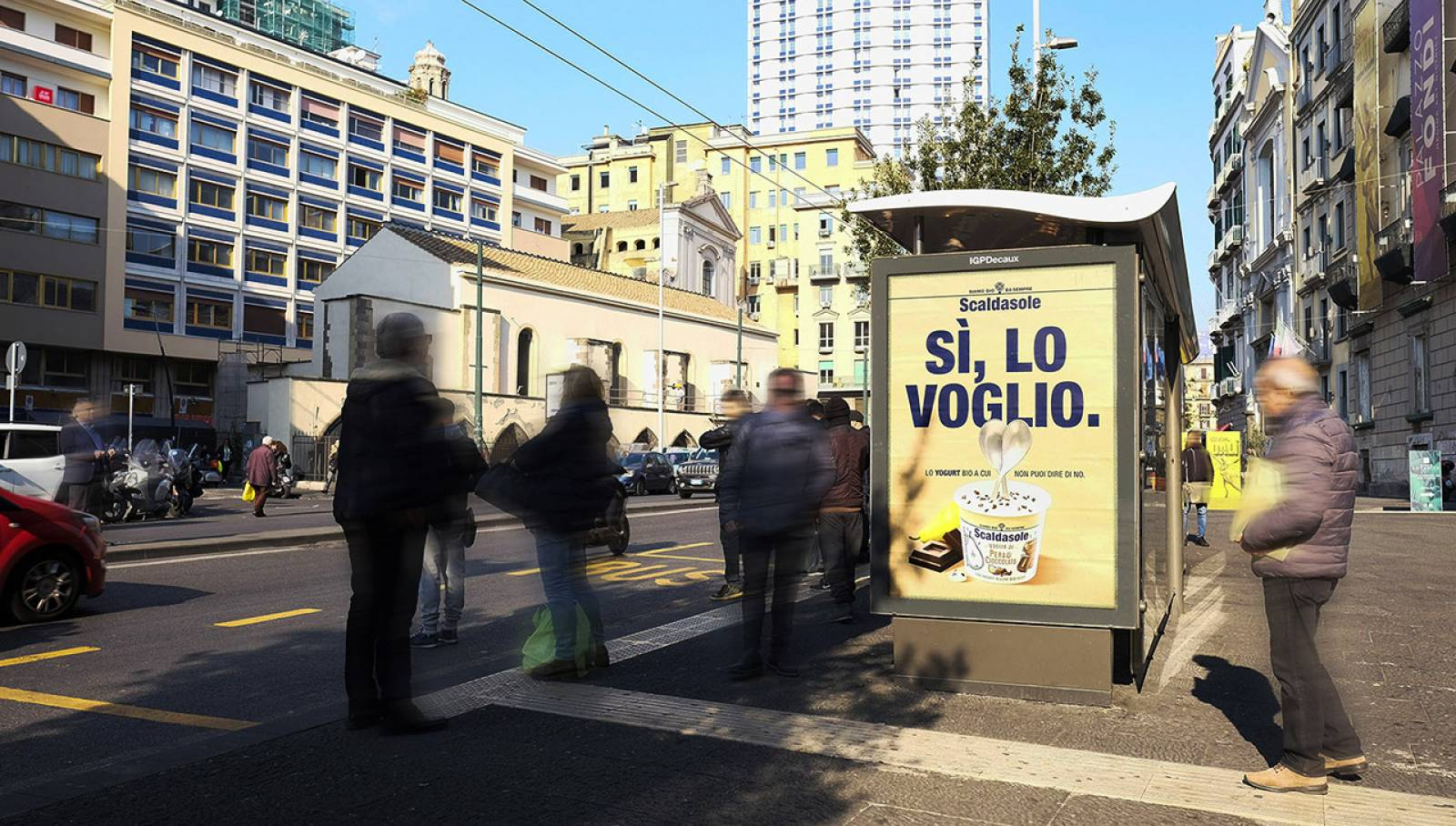 Out of Home advertising in Naples IGPDecaux Bus Shelters for Scaldasole