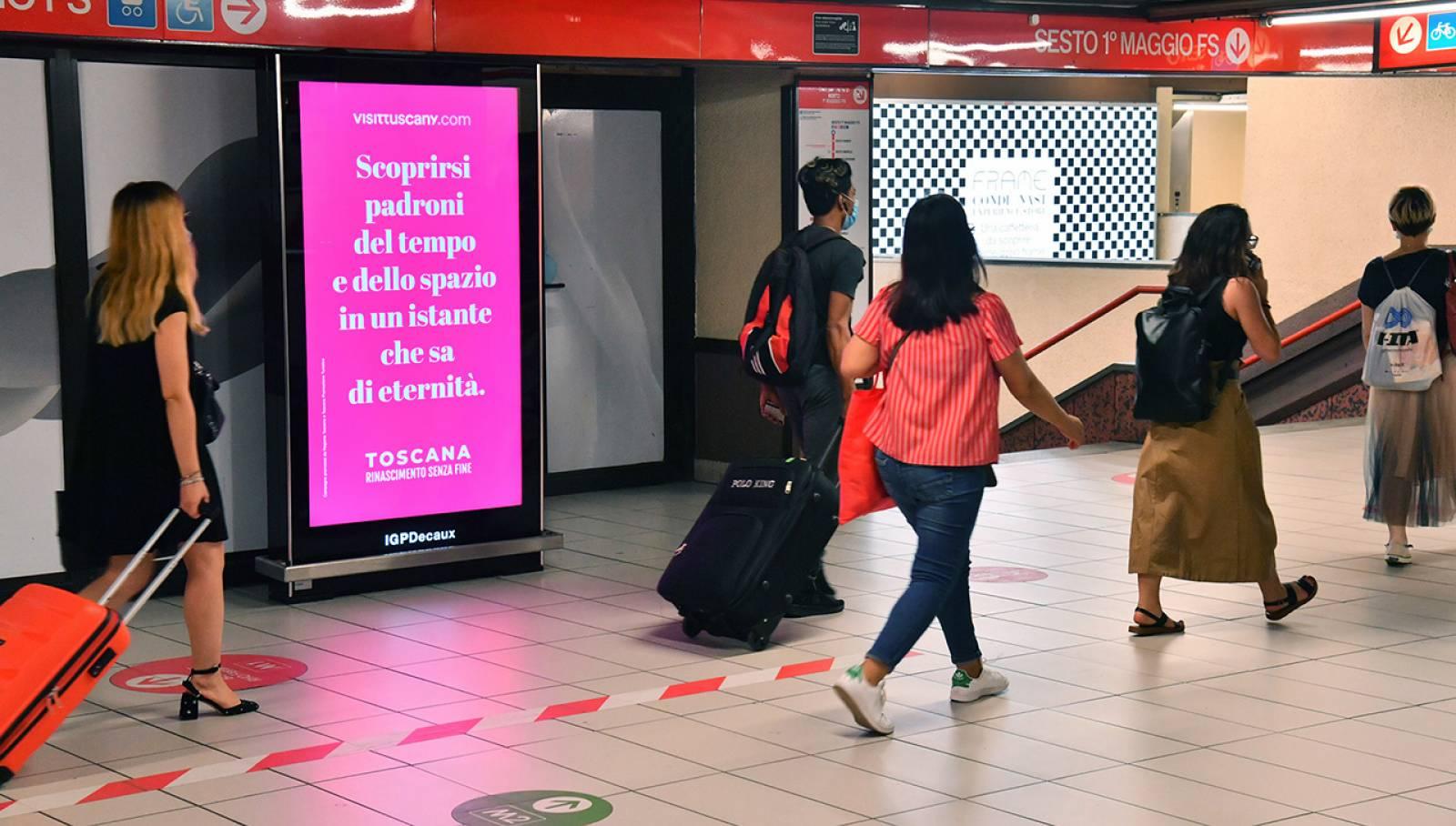 IGPDecaux OOH Milano Network Vision metropolitana per Toscana Promozione Turistica