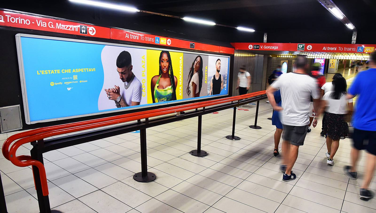 OOH IGPDecaux in metropolitana a Milano Station Domination per Warner Music Italy