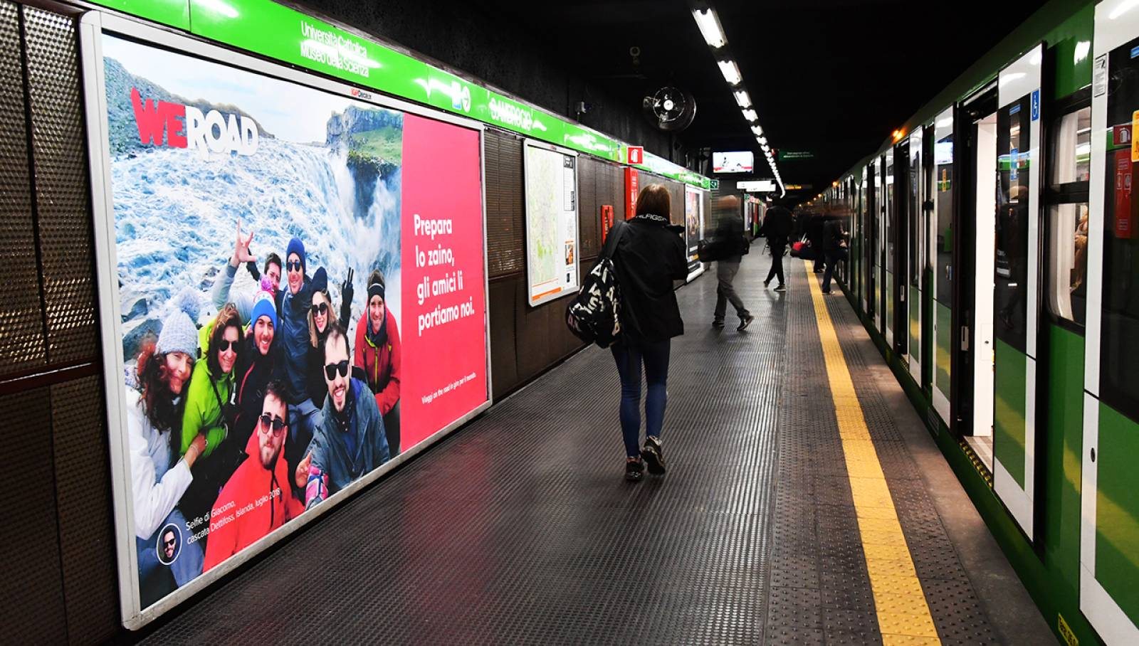 Underground advertising IGPDecaux in Milan Landscape coverage network for WeRoad