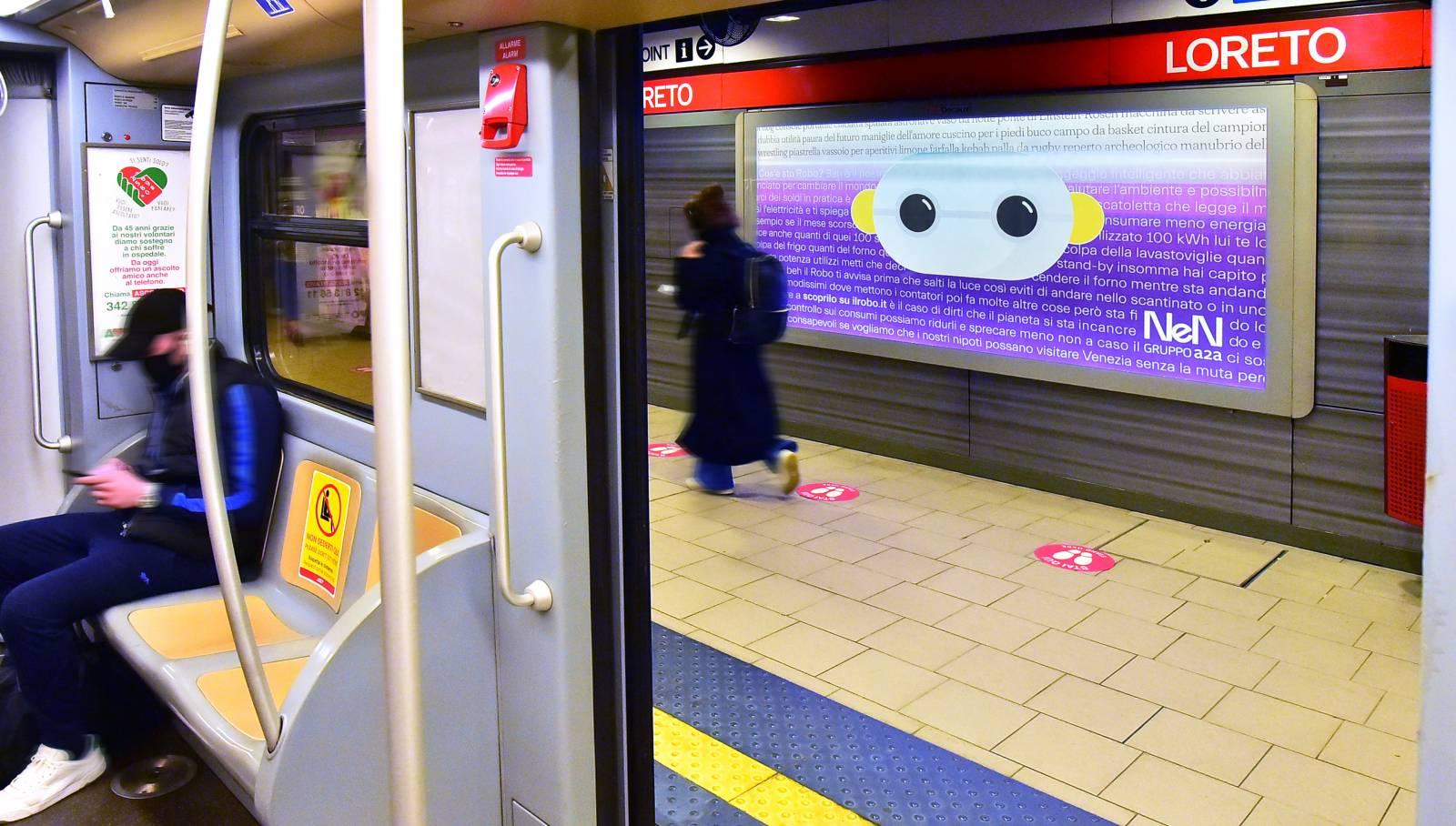 Pubblicità in metro Circuito Phygital IGPDecaux per NeN a Milano